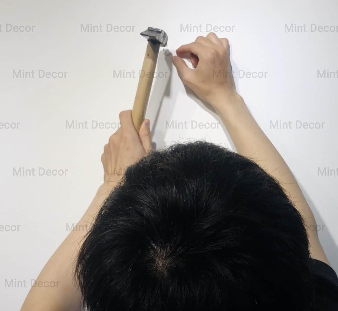 thợ treo tranh của mint decor